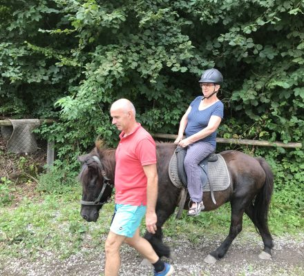 društvo barka, horse riding